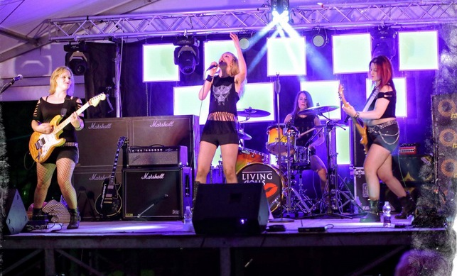 Living Dolls rock cover band femminile IMAGE